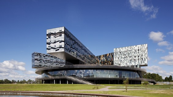 Adjaye Associates–Moscow School of Management, Moscow, Russia. | photo: Ed Reeve