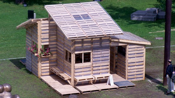 I-Beam developed this pallet house concept for a 1999 design competition.