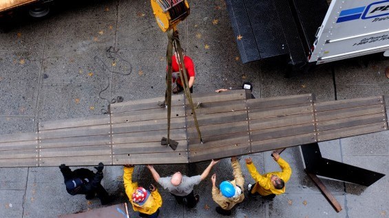 """""""The Glider"""" being installed on to the Cooper Union Foundation Building"""